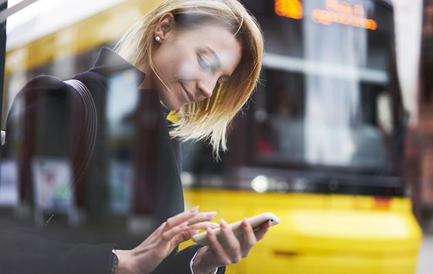 ¿Son los smartphones los nuevos encantadores de personas?